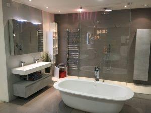luxus b der dehag gmbh decker haus und grund. Black Bedroom Furniture Sets. Home Design Ideas